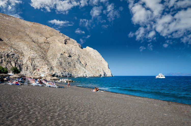 شاطئ بيريسا في اليونان