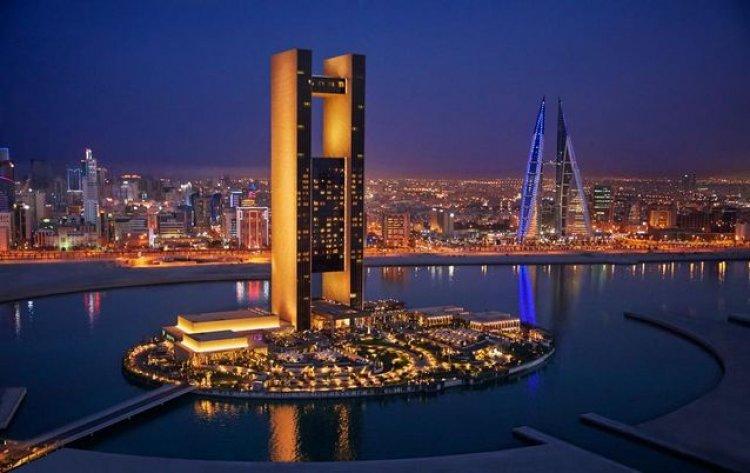 أحد فنادق البحرين في جزيرة في الماء