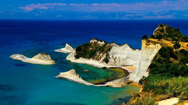 جزيرة كورفو اليونان