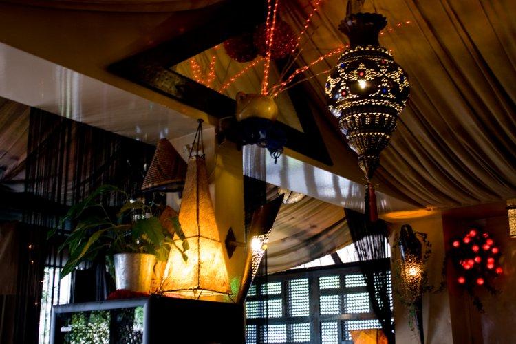 ديكورات مطعم المقهي الصغير