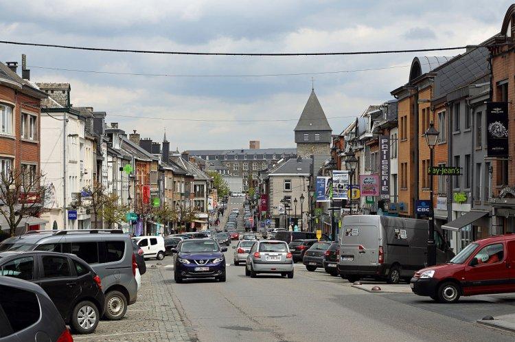 قرية باسطون في بلجيكا