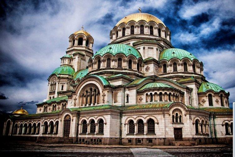 كاتدرائية ألكسندر نيفسكي