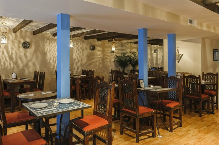 مطعم زيرزا