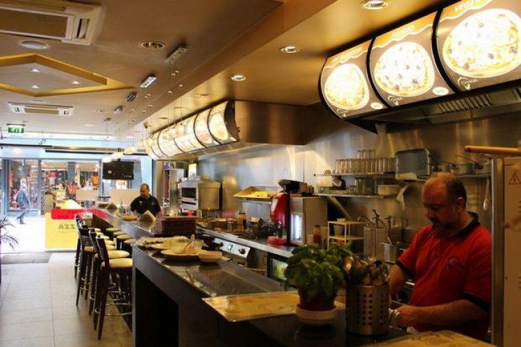مطعم كريستال في أمستردام