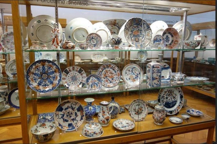 مقتنيات متحف أريانا