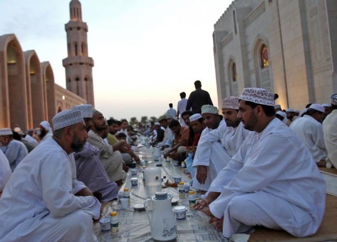 الإفطار في رمضان بسلطنة عمان