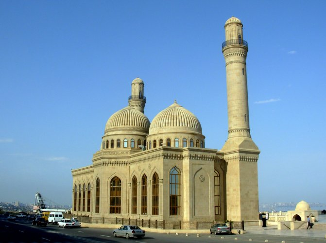مسجد باب الهيبة في أذربيجان
