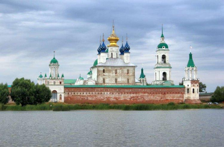 دير سباسو ياكوفليفسكي في روستوف