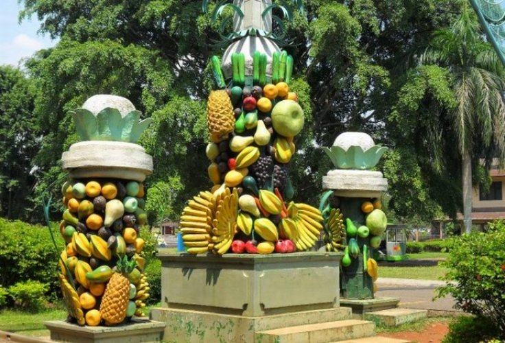 حديقة الفواكه في بونشاك