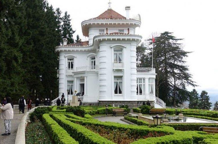 متحف اتاتورك في أوزنجول