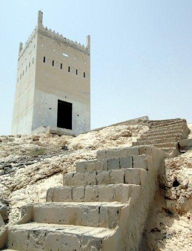 قلعة حصاة بويض دليل الاماكن السياحية في عجمان