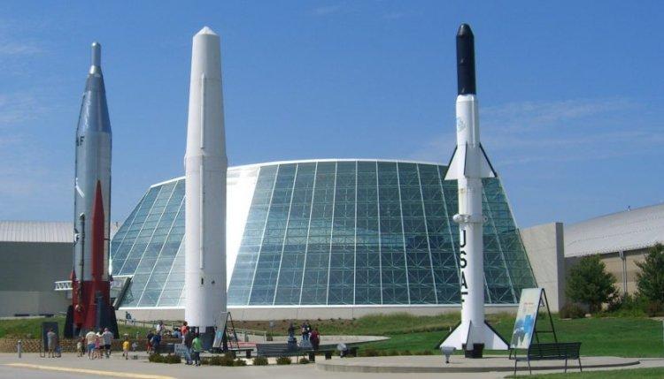 متحف الطيران والفضاء آشلاند