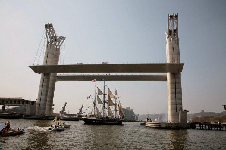 جسر غوستاف فلوبير