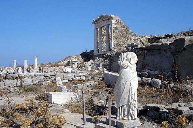 جزيرة ديلوس اليونان
