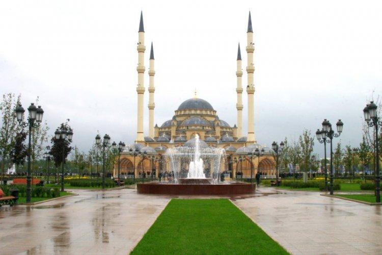 مسجد قبة غروزني