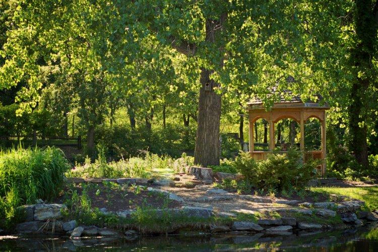 حديقة مركز الطبيعة في مدينة لافال الكندية