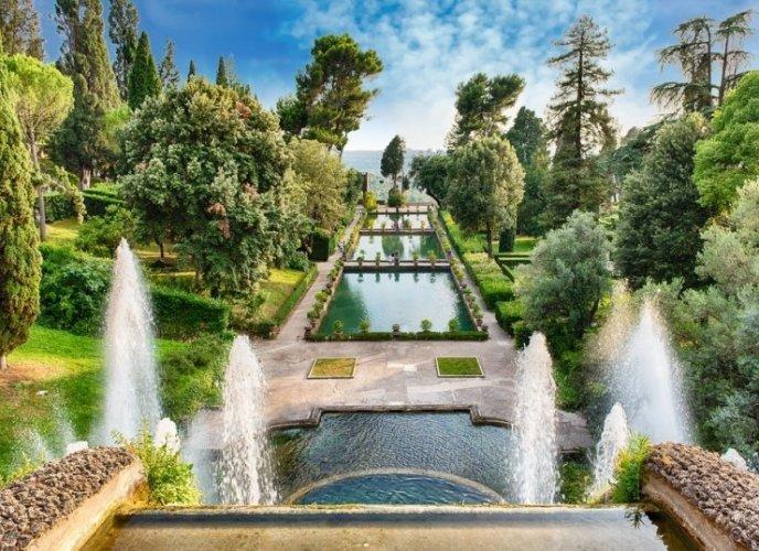 حدائق فيلا ديستي في تيفولي الإيطالية