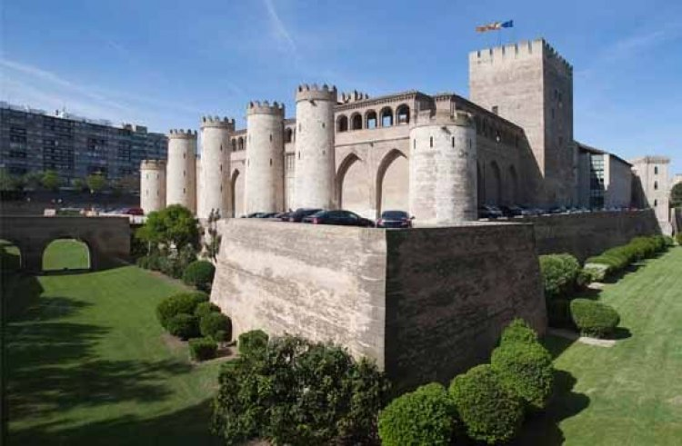 قصر الجعفرية في سرقسطة الإسبانية