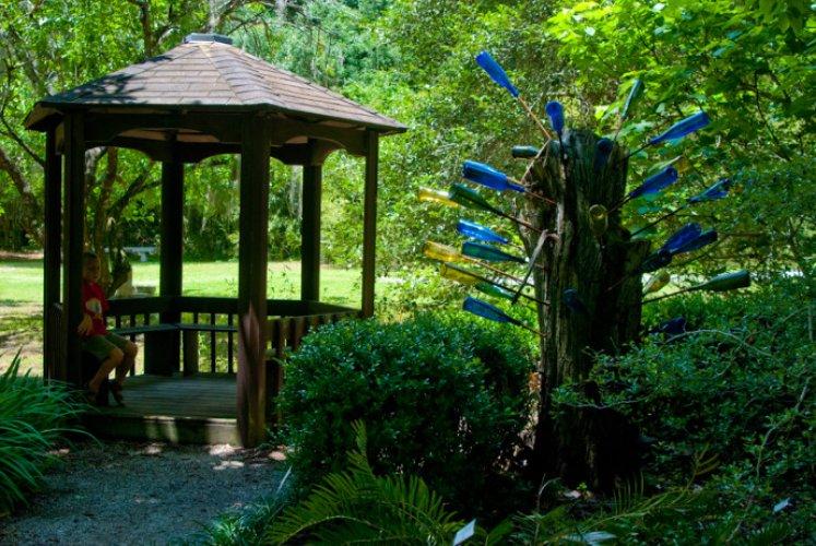 حدائق كاناباها النباتية في مدينة غينزفيل الامريكية