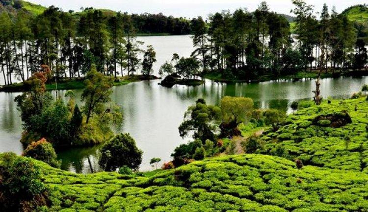 بحيرة سيتو باتينقان في باندونق