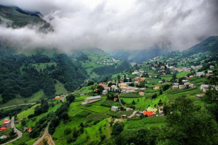 جبال زيكانا على مرتفعات السلطان مراد