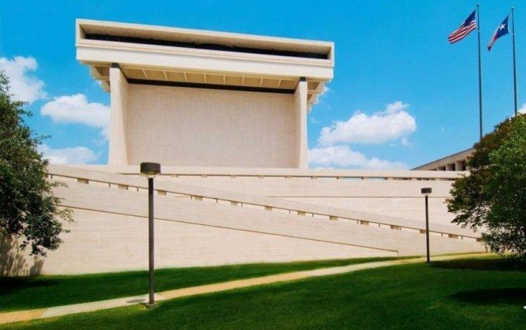 مكتبة ومتحف ليندون بينس جونسون في أوستن الولايات المتحدة الأمريكية