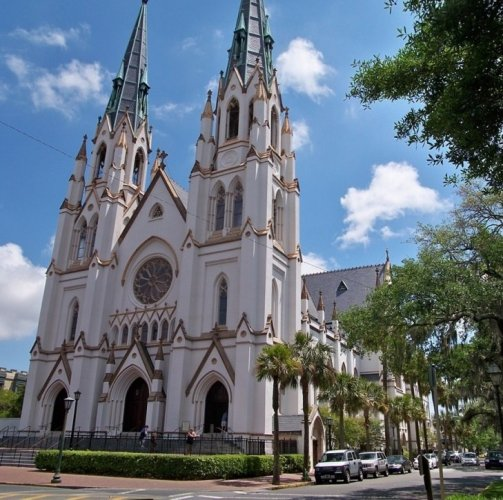 كاتدرائية القديس يوحنا المعمدان في مدينة سافانا جورجيا