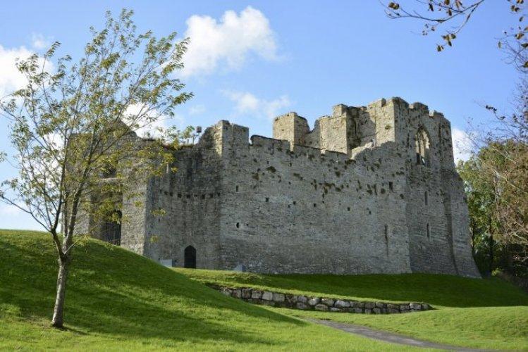 قلعة أويستر ماوث