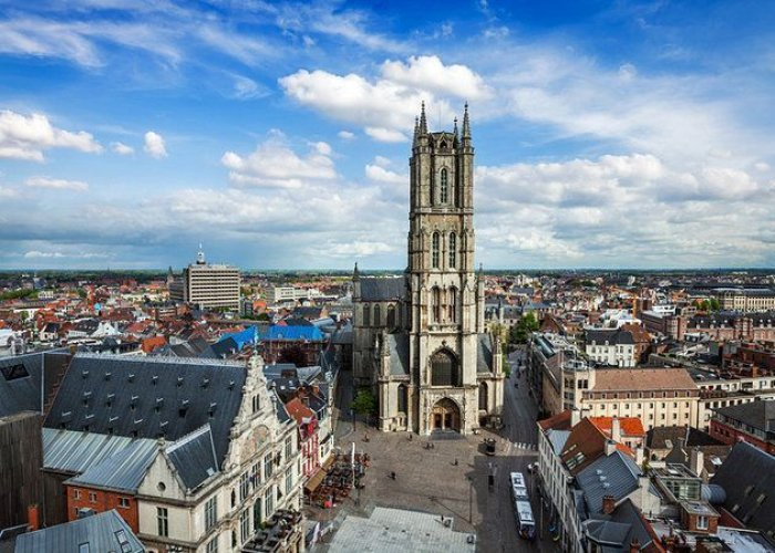 كاتدرائية القديس بافو في غنت بلجيكا
