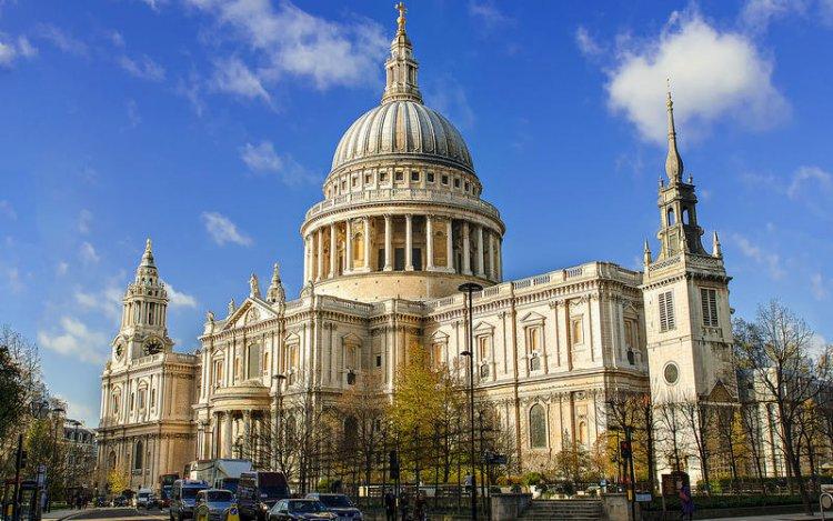 كاتدرائية القديس بولس في لندن