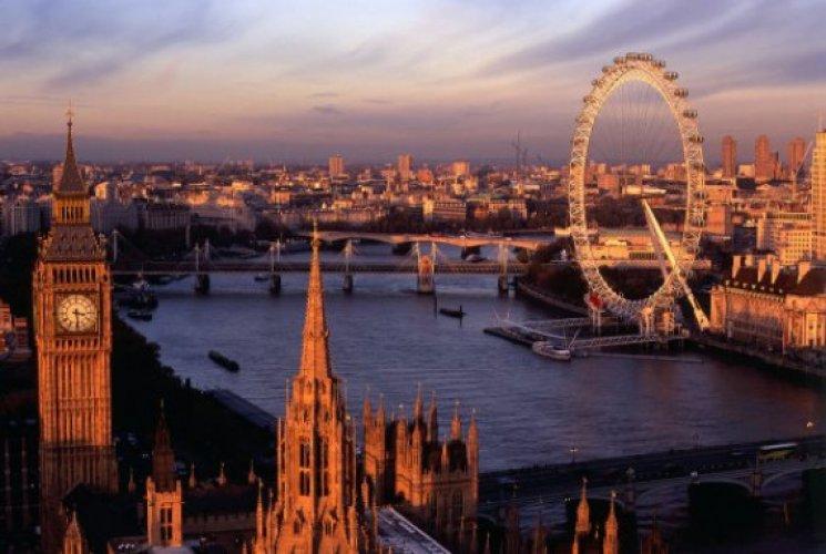 لندن مدينة الضباب