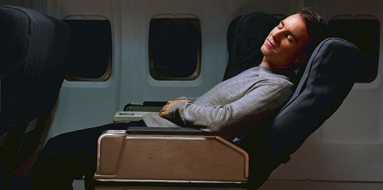 تأثير الرحلات الجوية الطويلة على الصحة