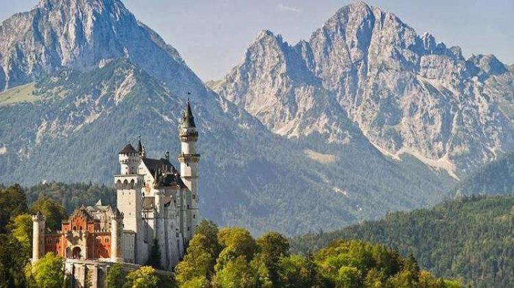 الطبيعة والجبال والثلوج في المانيا