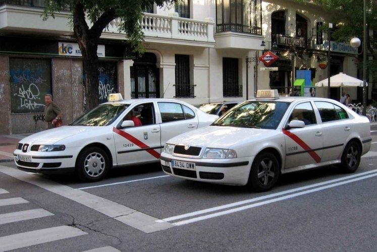 سيارات الأجرة في مدريد