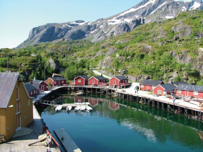 مدينة لوفوتن في النرويج