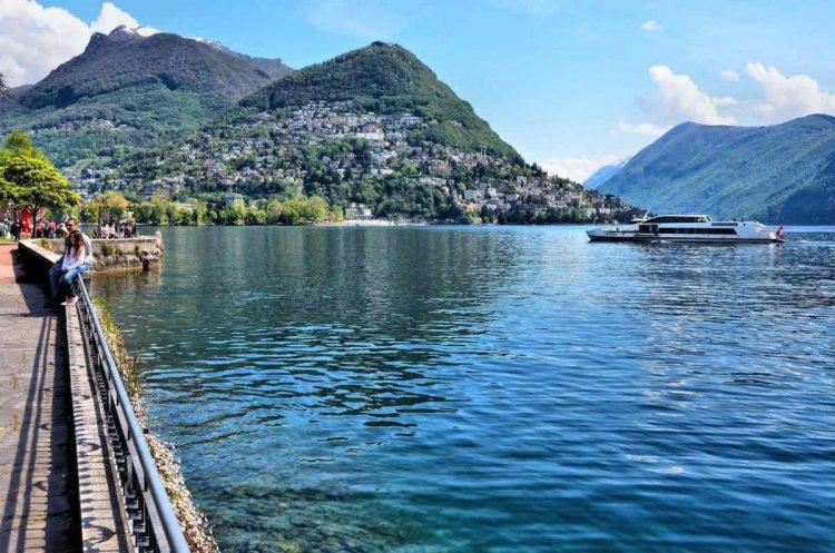 بحيرة لوغانو في سويسرا