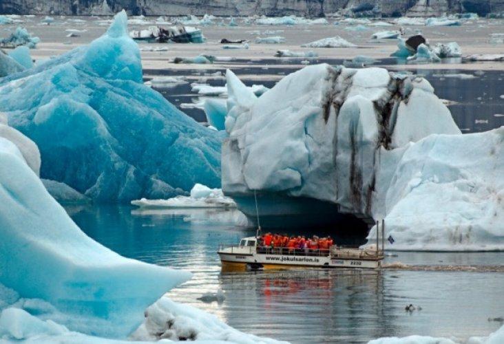 بحيرة جوكالسارلون الجليدية في ايسلندا