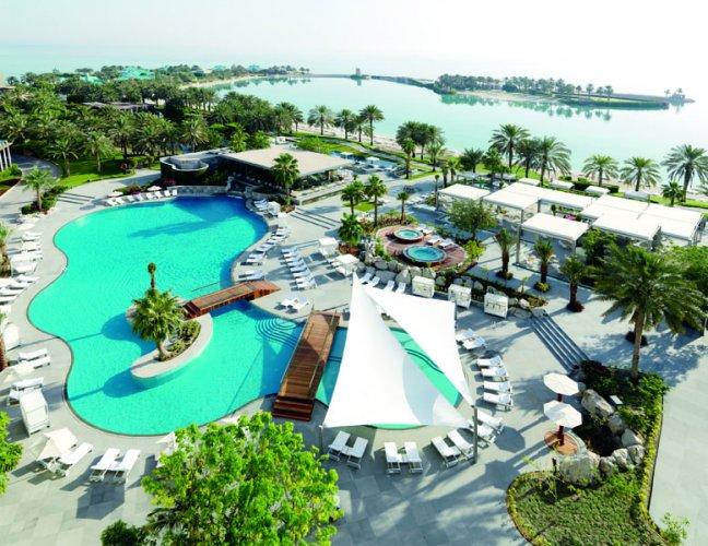 فندق الريتز - كارلتون، البحرين