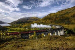 السفر بالقطار  بين مدن اسكتلندا