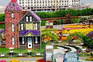 حديقة الزهور الساحرة في دبي