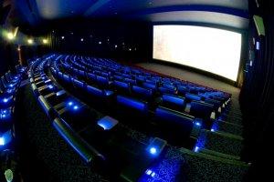 عرض مباريات كأس العالم في دور السينما في الإمارات