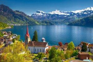 سويسرا الطبيعة في احضان جبال الالب