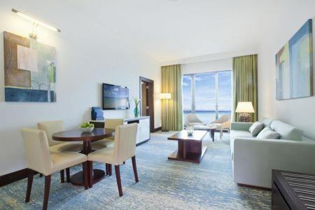 فندق كورنثيا دبي