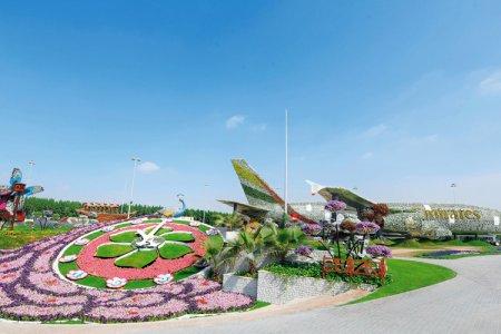 مجسم مغطى بالزهور