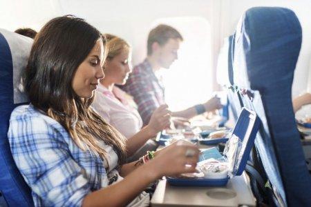 تناول على متن الطائرة