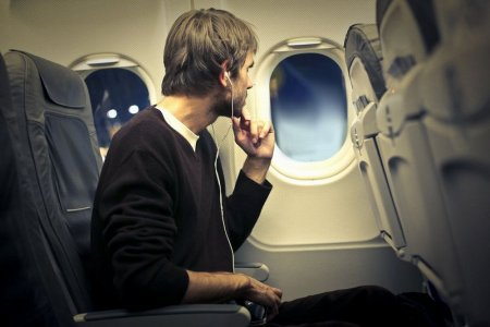 السفر بالطائرات