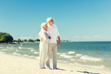 كبار السن عند السفر