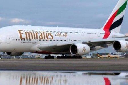 الإمارات تستخدم تقنية صديقة للبيئة لتنظيف طائراتها