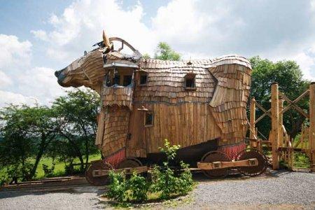 فندق حصان طروادة في بلجيكا
