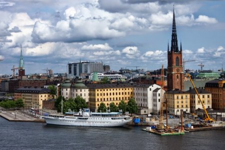 السفر الى السويد